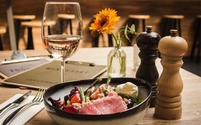 Como é montada a Carta de Vinhos de um restaurante, você sabe?